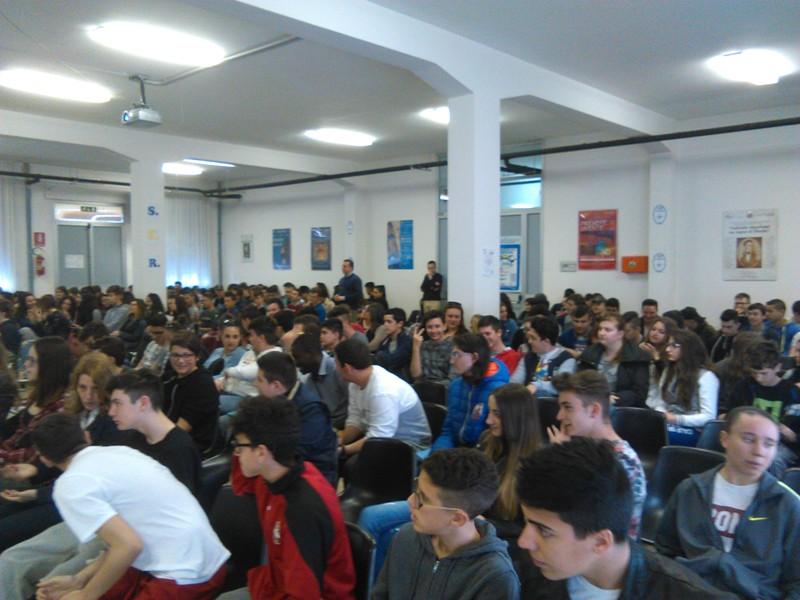 Il KC Chieti-Pescara parla agli studenti di prevenzione uso e abuso ...